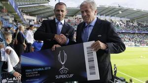 2019 UEFA Süper Kupa ev sahipliği devir teslim töreni yapıldı