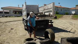Marmariste kıyı ve deniz dibi temizliğinde 3,5 ton çöp toplandı