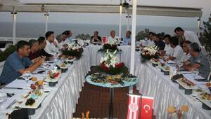 Antalyaspor ve Konyaspor yöneticilerinden dostluk mesajı