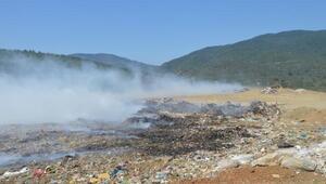 Erdekte çöplük yangını