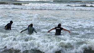 Denizde kaybolan Efenin cansız bedenine ulaşıldı