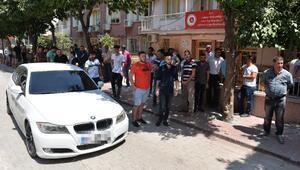 Lokomotifin çarptığı otomobildeki dizi oyuncusu öldü, yakınları tepki gösterdi (2)