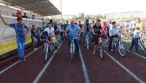 Kilis'te çocuklara bisiklet