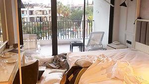Otel odasını dağıttılar havaalanında yakalandılar
