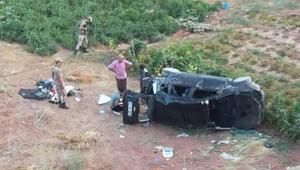 Kuluncakta otomobil şarampole devrildi: 5 yaralı