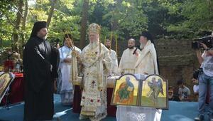 Bartholomeos, Kirazlı Manastırındaki ayini yönetti