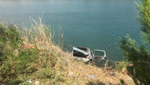 Otomobil gölete uçtu; aynı aileden 4 kişi öldü