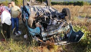 Takla atan otomobil ters döndü: 1i çocuk 4 yaralı