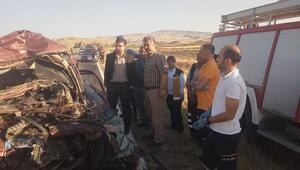 TIRla çarpışan otomobildeki 5 kişi öldü/ Ek fotoğraflar