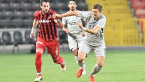Adana Demirspor şen dönüyor