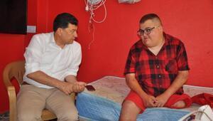 Bakan Selçuktan engelli gencin akülü araç isteği için talimat