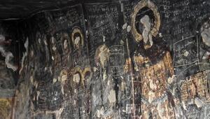 Kilise duvarına Selçuklu Sultanı tasvir edilmiş