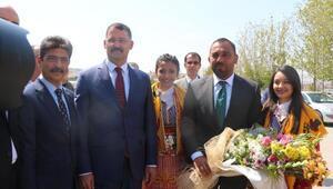Gençlik ve Spor Bakanı Yardımcısı Yerlikaya, Kırıkkalede gençlerle buluştu