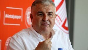 Antalyaspor Başkanı Bulut, görevini Ali Şafak Öztürke devretti