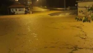 Trabzonda sel ve heyelan; yollar kapandı, mahsur kalanlar kurtarıldı