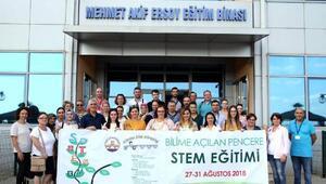Soydaş öğretmenler Trakya Üniversitesinde eğitimde