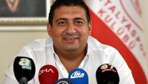 Öztürk: Antalyasporu Avrupada oynayan kulüp haline getireceğiz