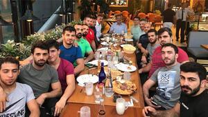 Kayseri Şekerspor güreş takımı grup lideri oldu