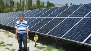 Elektrik ihtiyaçlarını karşılarken, 34 bin lira da gelir elde ettiler