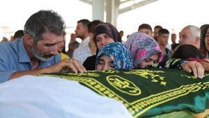 Gaziantepteki kazada ölen 8 kişinin cenazeleri toprağa verildi