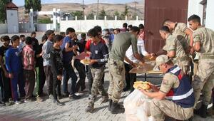 Vanda 145 kaçak göçmen yakalandı