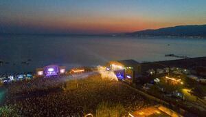 Zeytinli Rock Festivali rekorla sona erdi