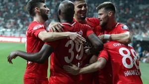 Antalyasporda yüzler gülüyor