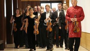 Perge Antik Kentinde Johann Strauss Ensemble konseri