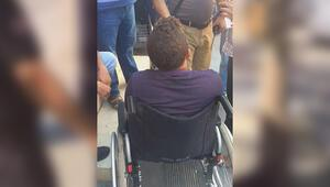 Tekerlekli sandalye ile dileniyordu onları gördü bir anda...
