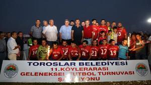 Köylerarası futbol turnuvasında şampiyon Arpaçsakarlar