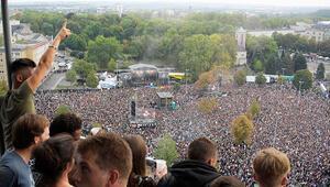 65 bin kişi gelince, Almanya rahatladı
