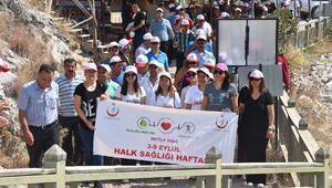 Karaisalı'da 'Sağlık İçin Hareket Et' yürüyüşü düzenlendi