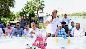 Büyükşehir Belediye Başkanı Sözlü, Yüreğir muhtarlarıyla buluştu