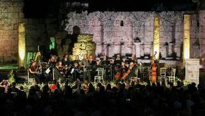 Perge Antik Kentinde muhteşem konser