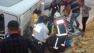 Malatyada minibüs devrildi: 7 yaralı