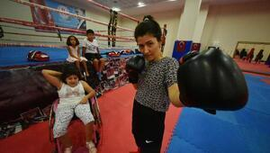 Engelli kızı için başladı, Antalya birincisi oldu