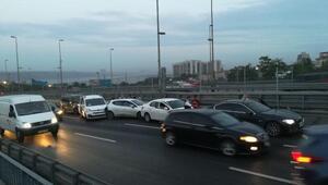 Aksarayda çöken yol trafiğe açıldı