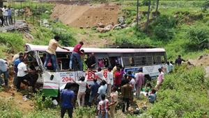 Hindistanda otobüs kazası