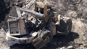 Kepçe ile 30 metrelik çukura düşen operatör öldü