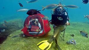 Günlük hayatlarını mavi suların derinliklerine taşıdılar
