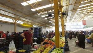 Havran sebze pazarına fıskiyeli vantilatör sistemi kuruldu