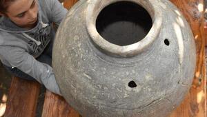 Höyükte, 2 bin 500 yıllık yayık bulundu
