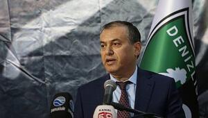 Denizlispor'da Üstek bırakıyor