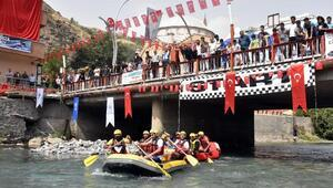 Türkiye Rafting Şampiyonasının 3üncü ayak yarışları Vanda başladı