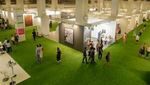 Galeri Binyıl sekiznci kez Contemporary İstanbulda