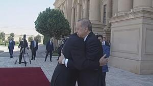Cumhurbaşkanı Erdoğan, Baküde resmi törenle karşılandı