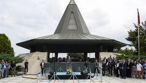 Adnan Menderes idam edilişinin 57'inci yılında kabri başında anıldı