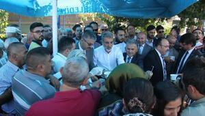 Kayseride vatandaşlara aşure ikramı