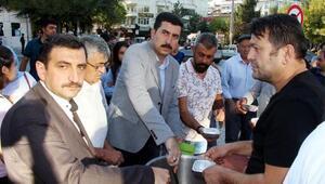 AK Parti aşure dağıttı