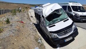 Eskişehirde minibüs devrildi: 1 ölü, 6 yaralı